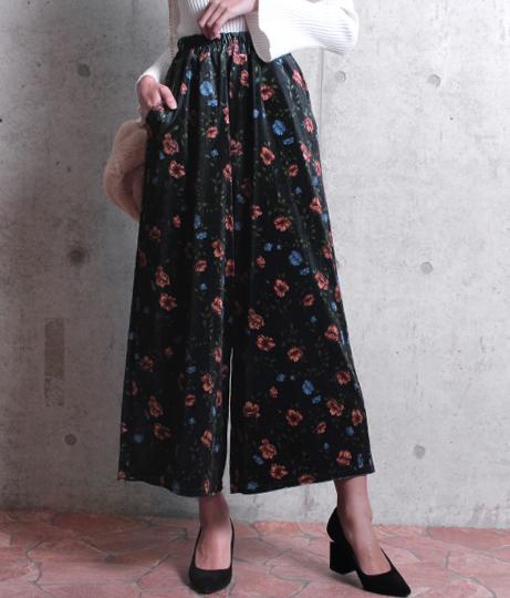 ●花柄ベロアロングパンツ