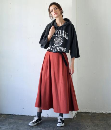 ●ベルト付ボリュームスカート