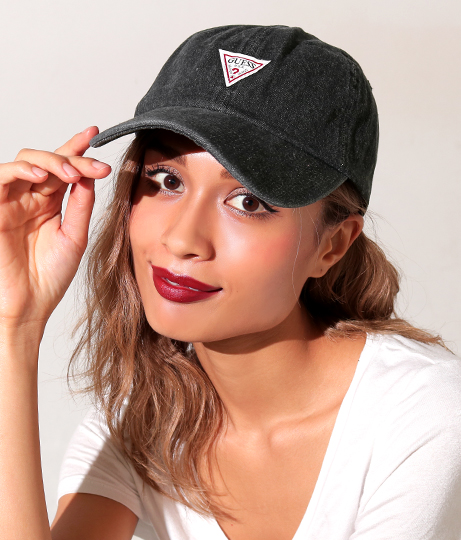 【新色追加】GUESS TRIANGLE LOGO DENIM 6 PANEL CAP(ファッション雑貨/ハット・キャップ・ニット帽 ・キャスケット・ベレー帽)   GUESS