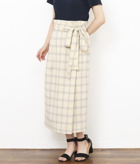 ●チェック柄ラップ風スカート