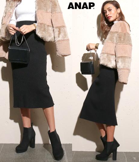●BACKスリットニットスカート