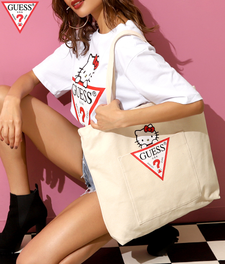 [GUESS x Hello Kitty] TRIANGLE LOGO CANVAS TOTE BAG