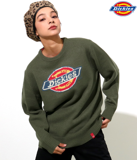 ロゴジャカードルーズフィットセーター