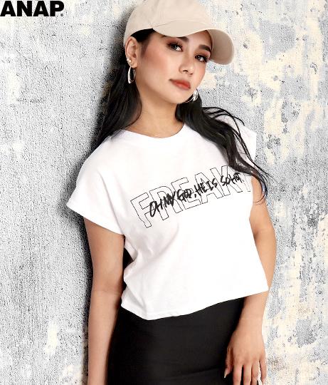 フロントロゴクロップドTシャツ