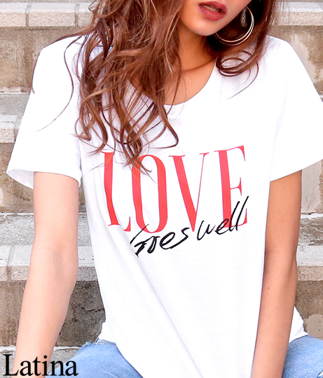 LOVEプリントUネックTシャツ