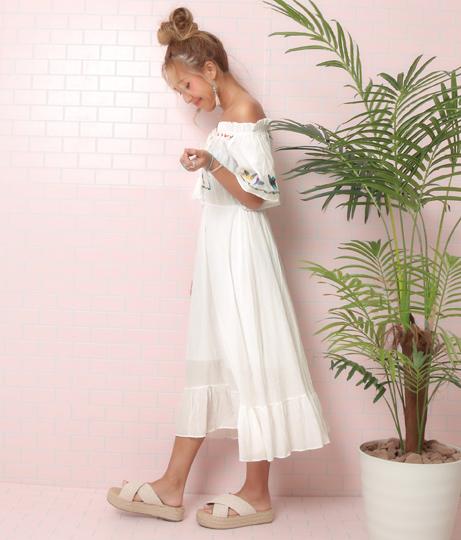 フラワー刺繍オフショルワンピース(ワンピース・ドレス/ロングワンピ・ミディアムワンピ) | anap mimpi