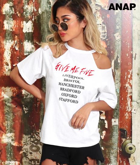 オープンショルダーバンド風Tシャツ