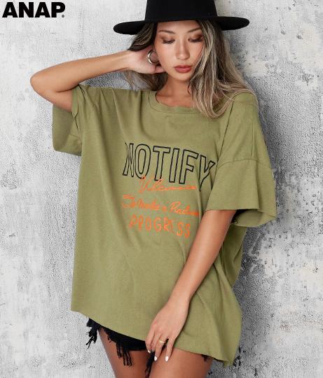 カットオフバックオープンTシャツ