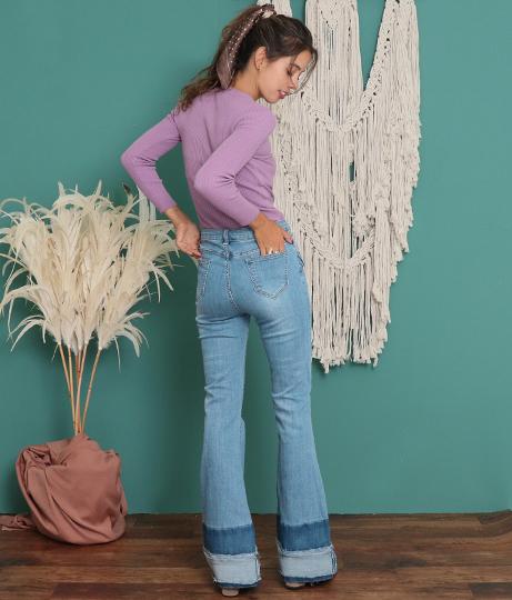 裾デザインフレアデニムパンツ(ボトムス・パンツ /ブーツカットパンツ・クラッシュジーンズ・ハイウエストデニムパンツ・ロングパンツ) | anap mimpi