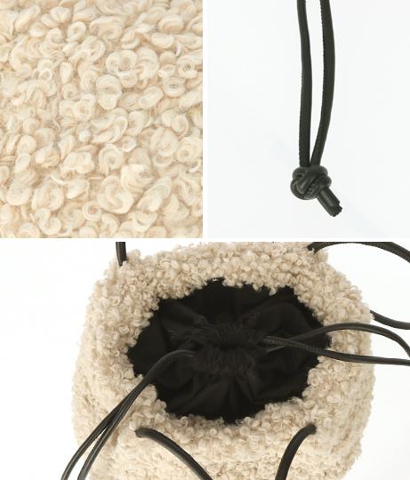 モコモコショルダーバッグ(バッグ・鞄・小物/ショルダーバッグ) | CHILLE
