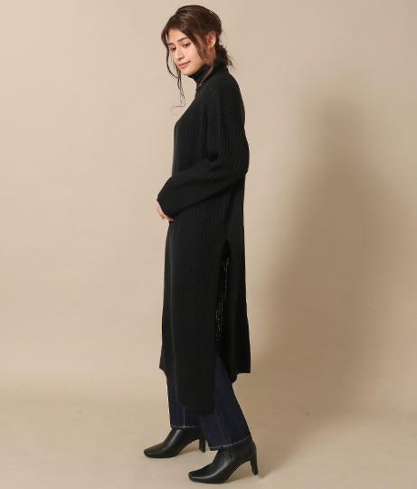 サイドスリットリブニットワンピース(ワンピース・ドレス/ロングワンピ・マキシ丈ワンピース・タートルニットワンピース) | AULI