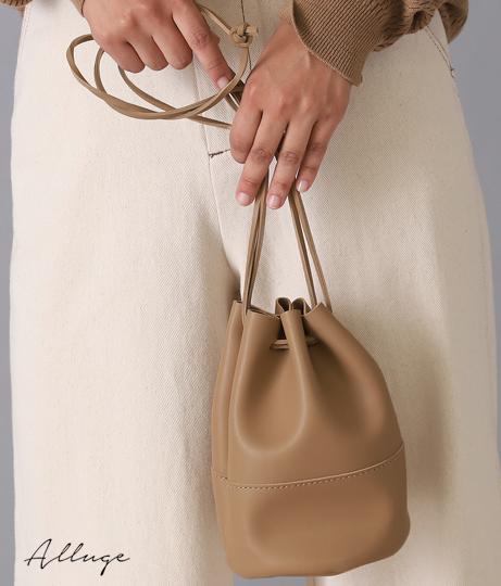 シンプル巾着バッグ