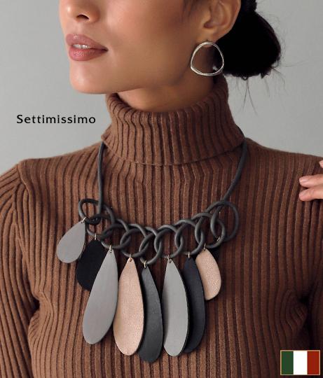エコレザーミックスカラーデザインネックレス