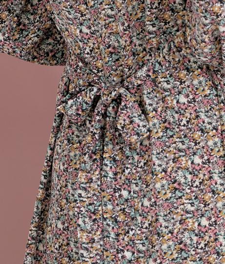 小花柄ウエストタックワンピース(ワンピース・ドレス/ミディアムワンピ) | CHILLE