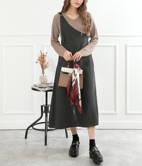 ワンショルダー風ジャンパースカート