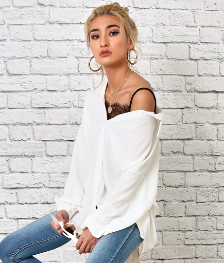 オーバーサイズホワイトシャツ