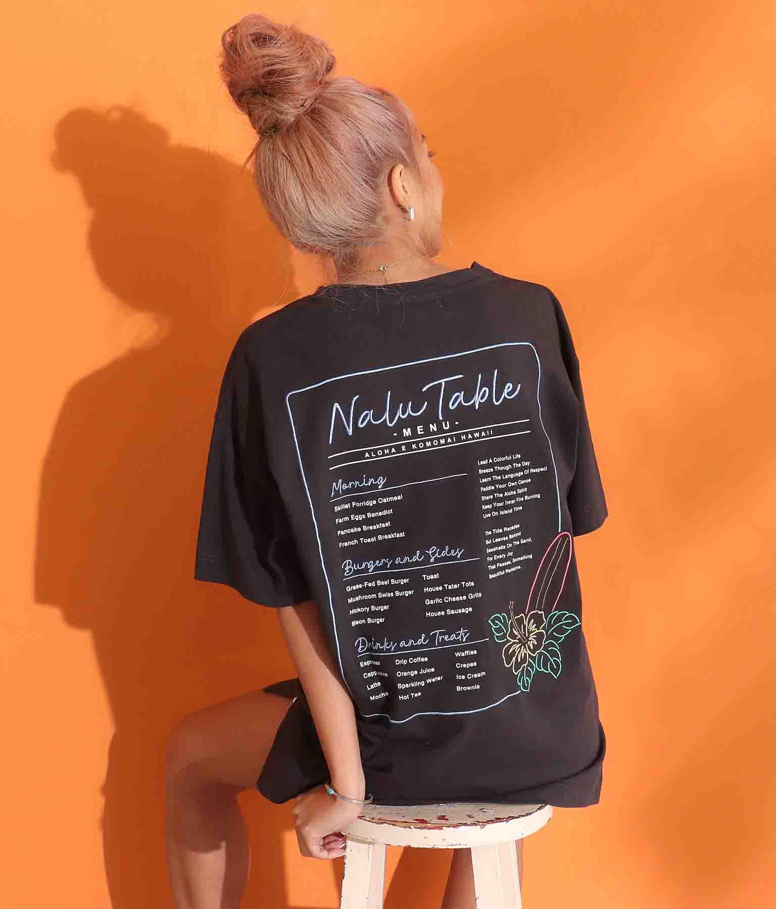 Hawaii刺繍Tシャツ