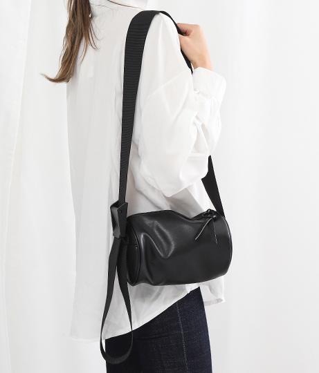 エコレザーミニボストン型バッグ