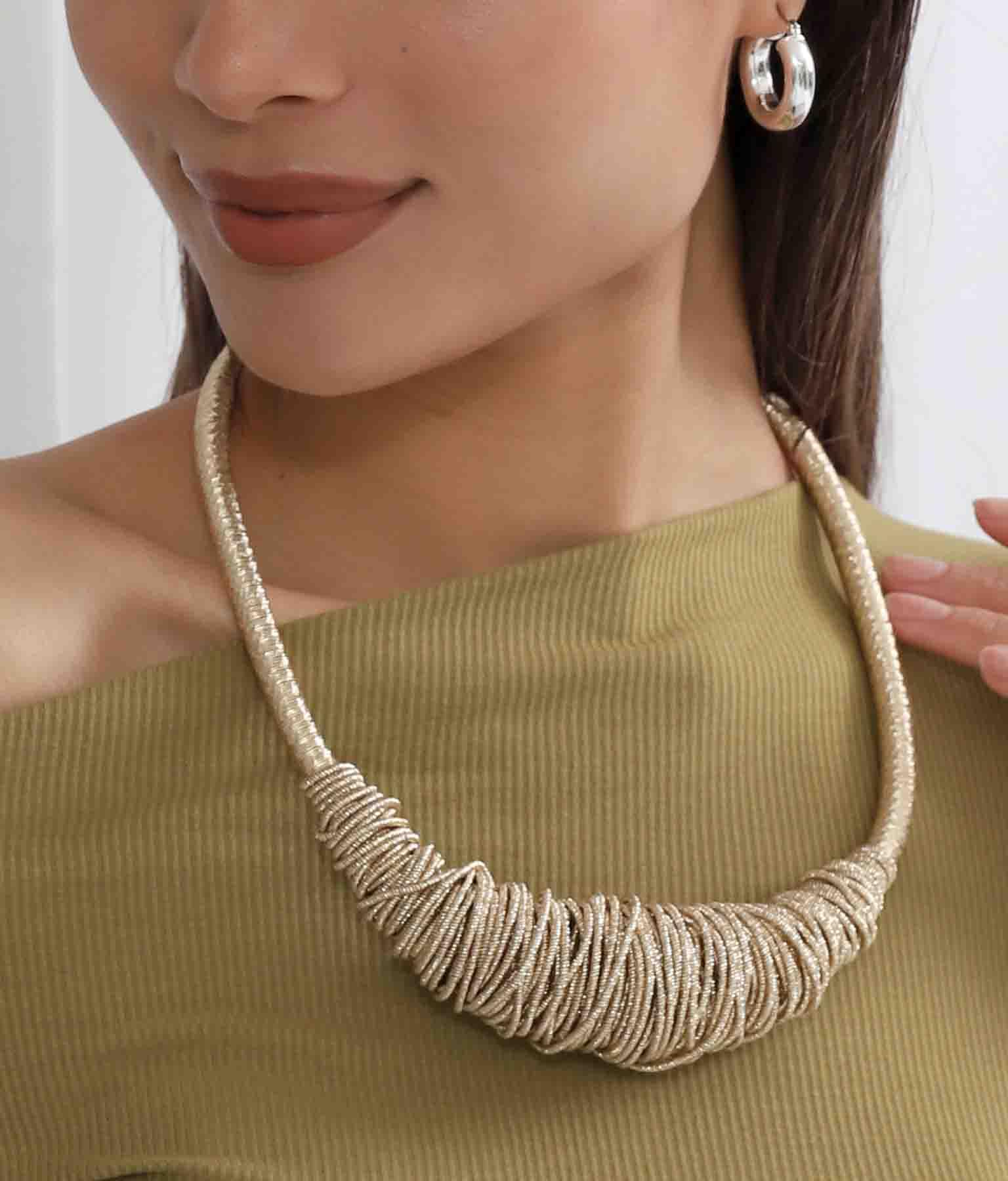 金糸ツイストデザインネックレス