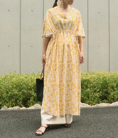 花柄シャーリングワンピース(ワンピース・ドレス/ロングワンピ・マキシ丈ワンピース)   AULI