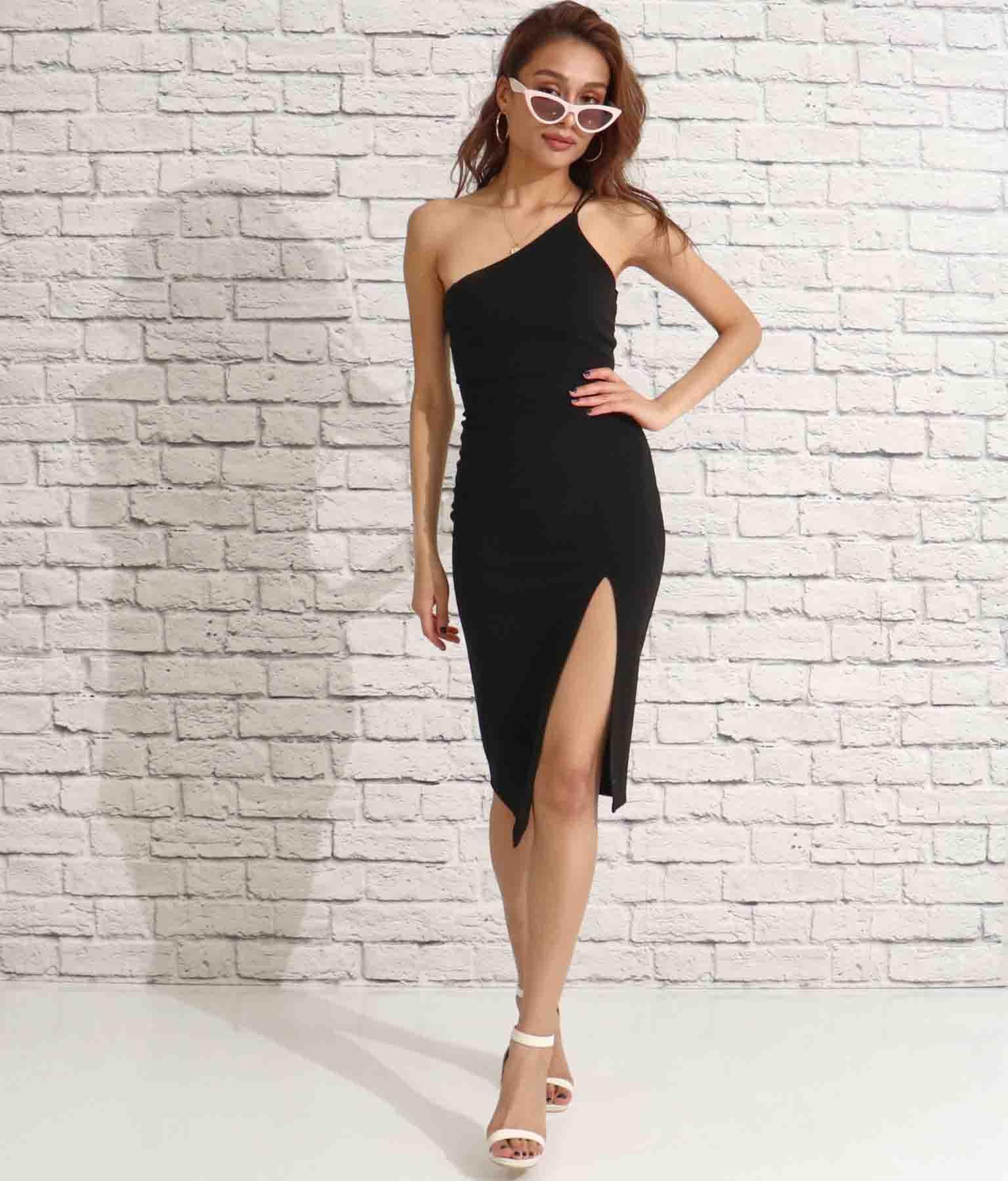 デザインワンショルダー×スリットワンピース(ワンピース・ドレス/ドレス・ミディアムワンピ・ミニワンピ・パーティードレス) | Anap USA