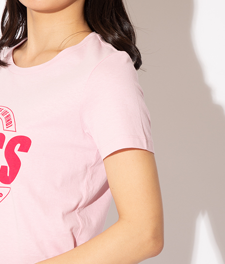 GUESS SS CN ROXY TEE(トップス/Tシャツ) | GUESS
