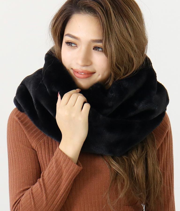 フェイクファースヌード(ファッション雑貨/マフラー・ストール ・スヌード・スカーフ ) | CHILLE