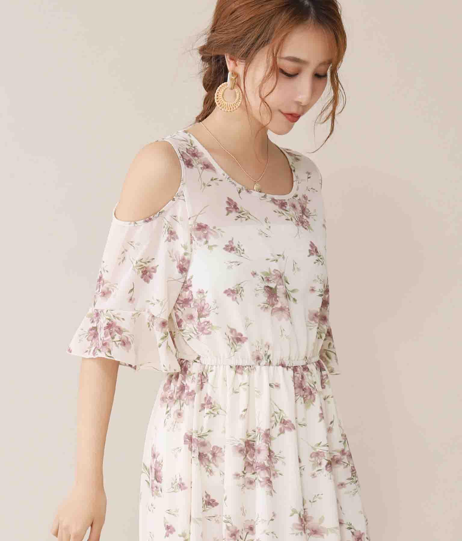 肩あきフラワー柄シフォンワンピース(ワンピース・ドレス/ロングワンピ) | CHILLE