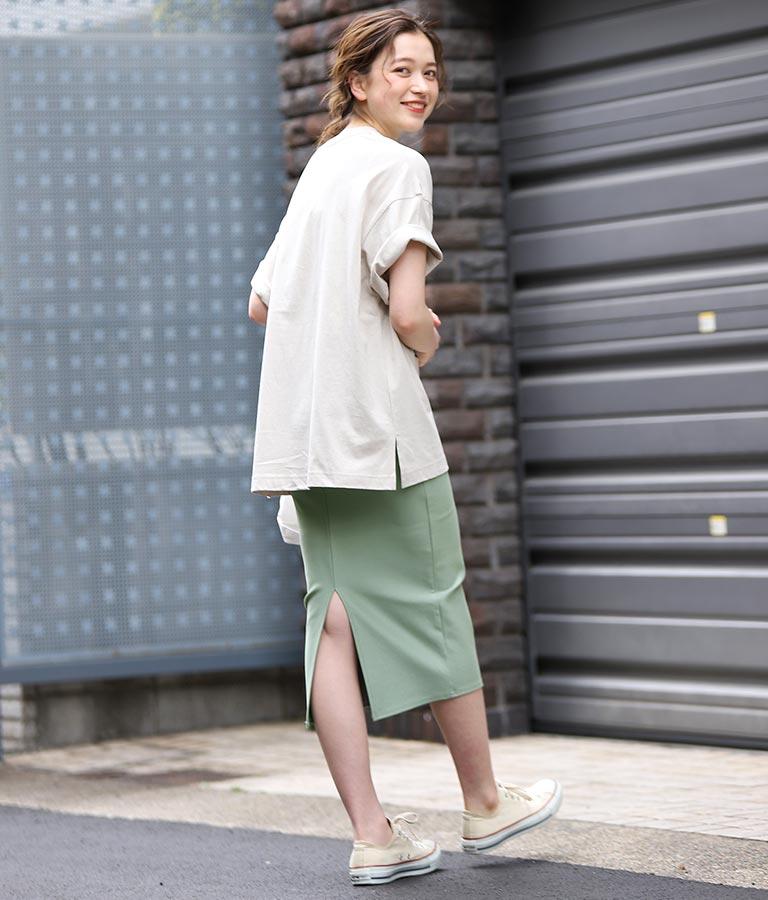 バックスリットシンプルタイトスカート
