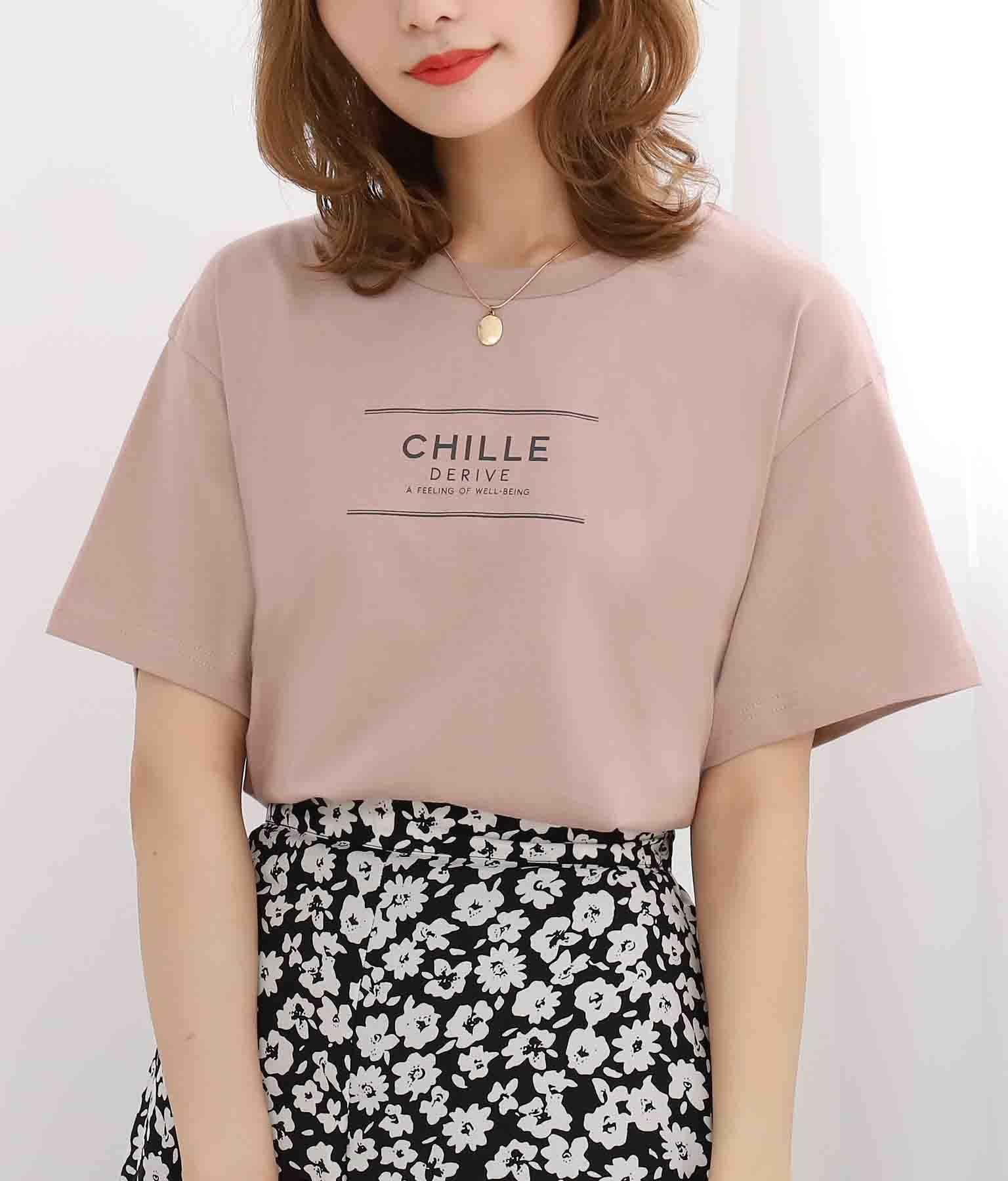 CHILLEテキストプリントTシャツ