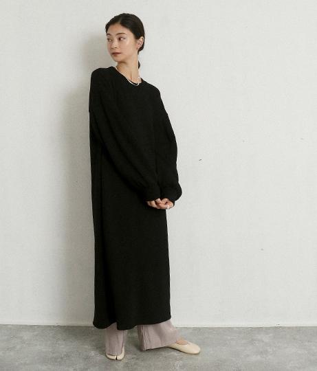 ソデボリュームスウェットワンピース(ワンピース・ドレス/マキシ丈ワンピース) | AULI