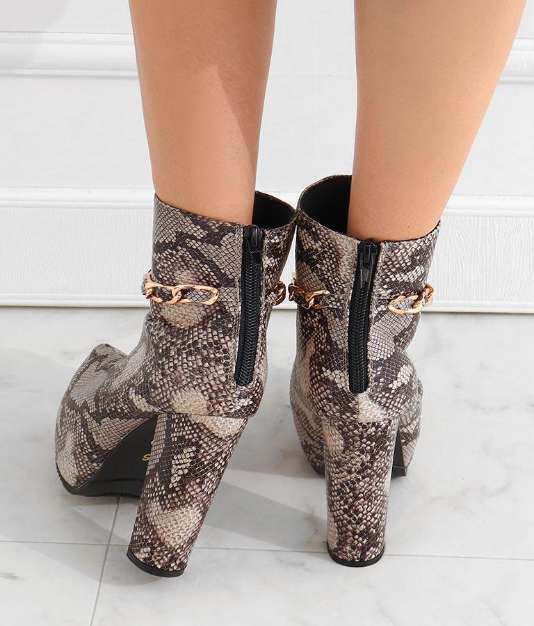 アンクルチェーンチャンキーヒールショートブーツ(シューズ・靴/ブーツ) | anap Latina