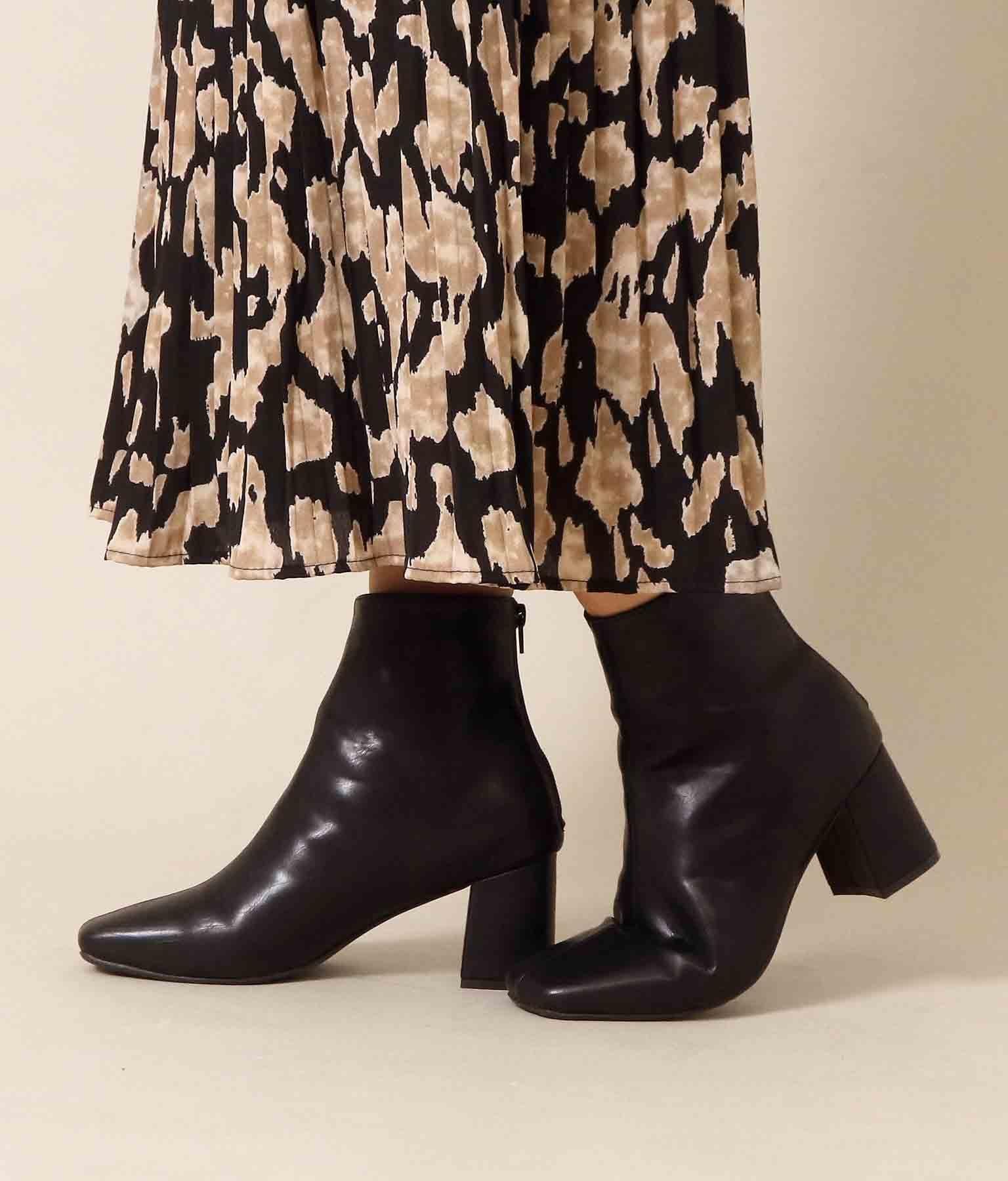 スクエアトゥシンプルブーツ(シューズ・靴/ブーツ)   CHILLE