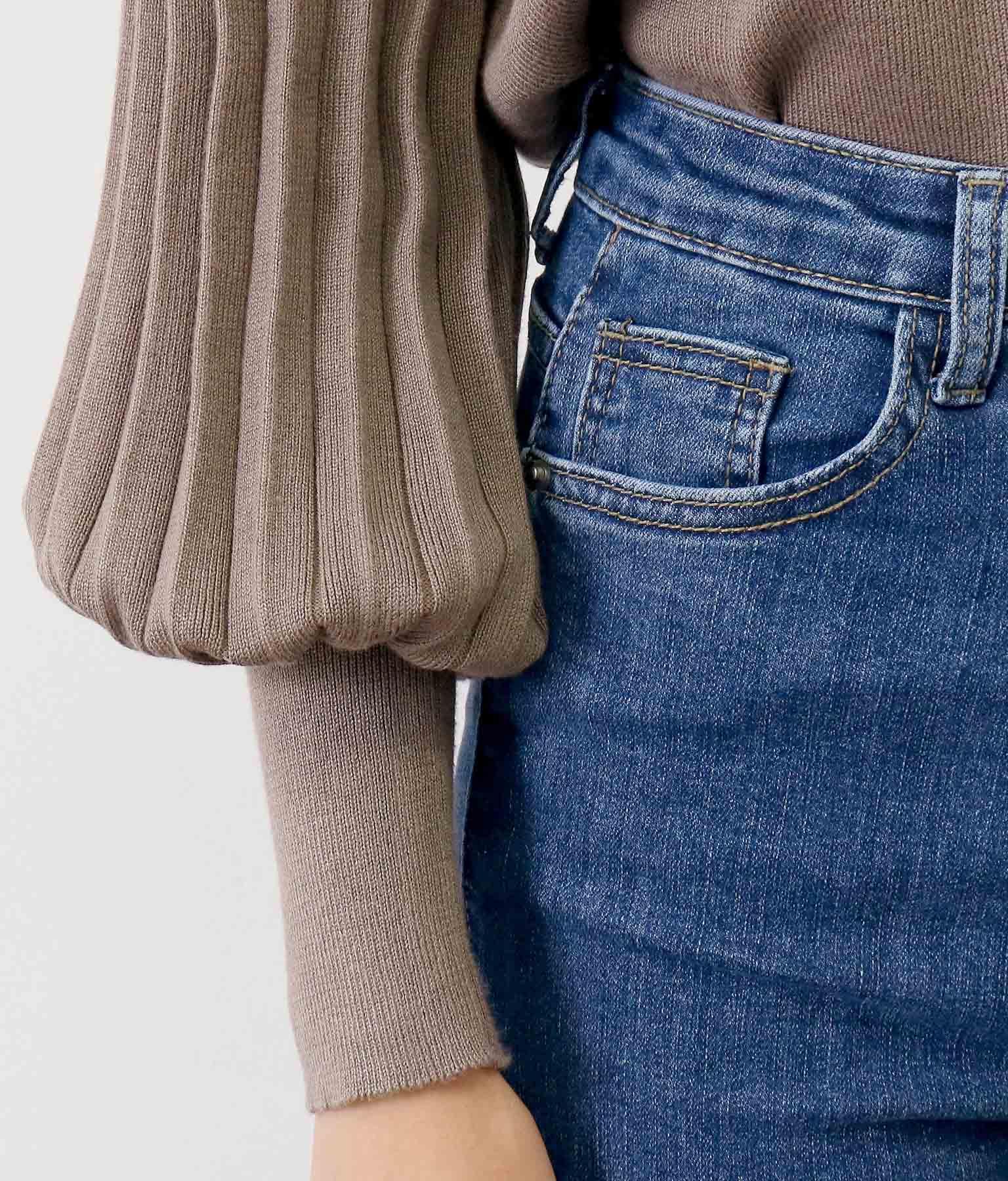 パールボタン付き袖プリーツニットカーディガン(アウター(コート・ジャケット) /カーディガン) | CHILLE