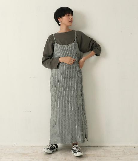プリーツ加工キャミワンピース(ワンピース・ドレス/ロングワンピ) | Factor=