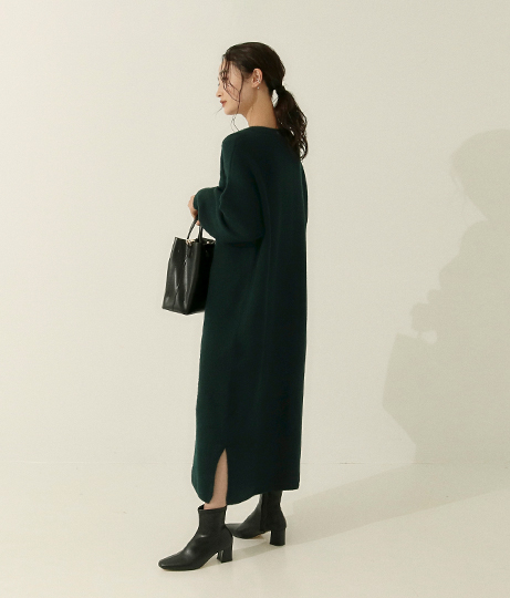 バンドカラーロングニットワンピース(ワンピース・ドレス/ロングワンピ) | AULI