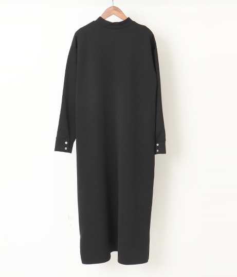 サイド釦あきポンチワンピース(ワンピース・ドレス/ミディアムワンピ) | AULI
