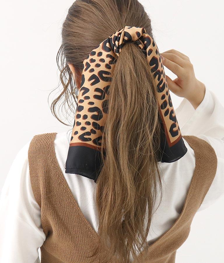 レオパード柄大判スカーフ