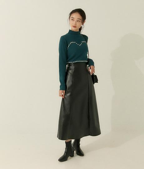 フェイクレザータイトフレアスカート(ボトムス・パンツ /スカート) | AULI