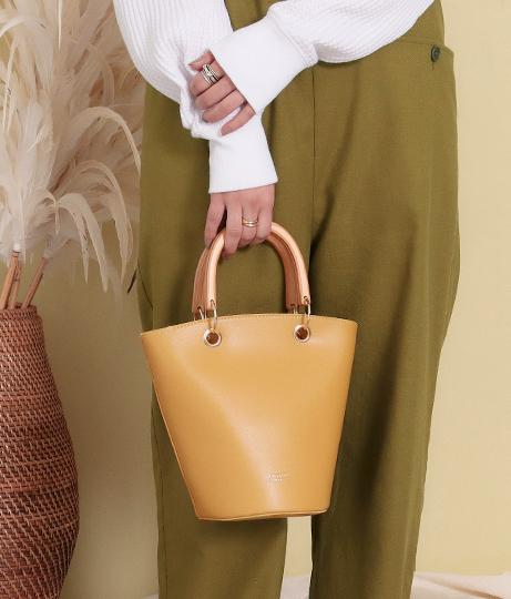 ウッドハンドル2WAYバケツトートバッグ(バッグ・鞄・小物/ショルダーバッグ・トートバッグ) | Factor=