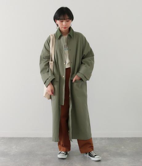 衿配色バックベルトデザインロングコート