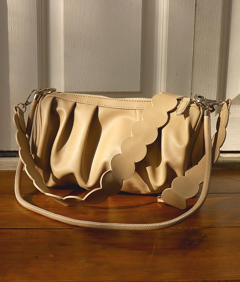 シャーリングデザイン2WAYショルダーバッグ(バッグ・鞄・小物/ハンドバッグ・ショルダーバッグ) | Alluge