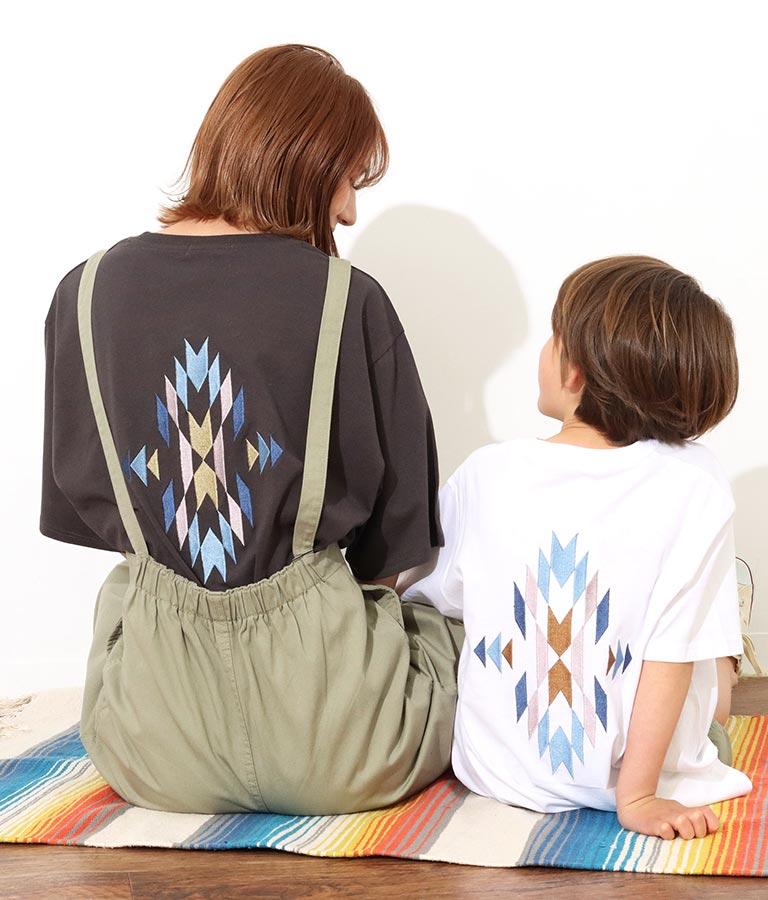 【KIDS】オルテガ刺繍ラウンドヘムビックTシャツ(トップス/Tシャツ)   anap mimpi