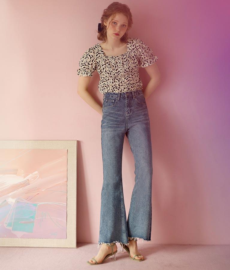 裾カットオフフレアデニムパンツ(ボトムス・パンツ /ロングパンツ) | CHILLE