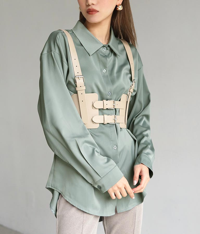 サテンオーバーサイズシャツ