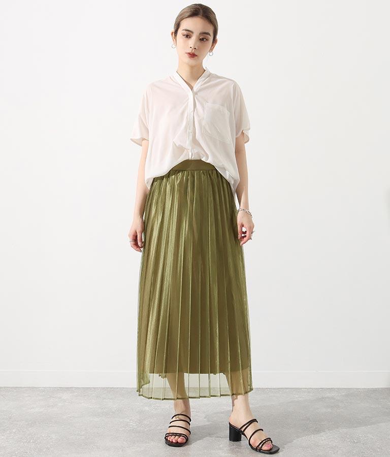 ロングスカートの似合う女性
