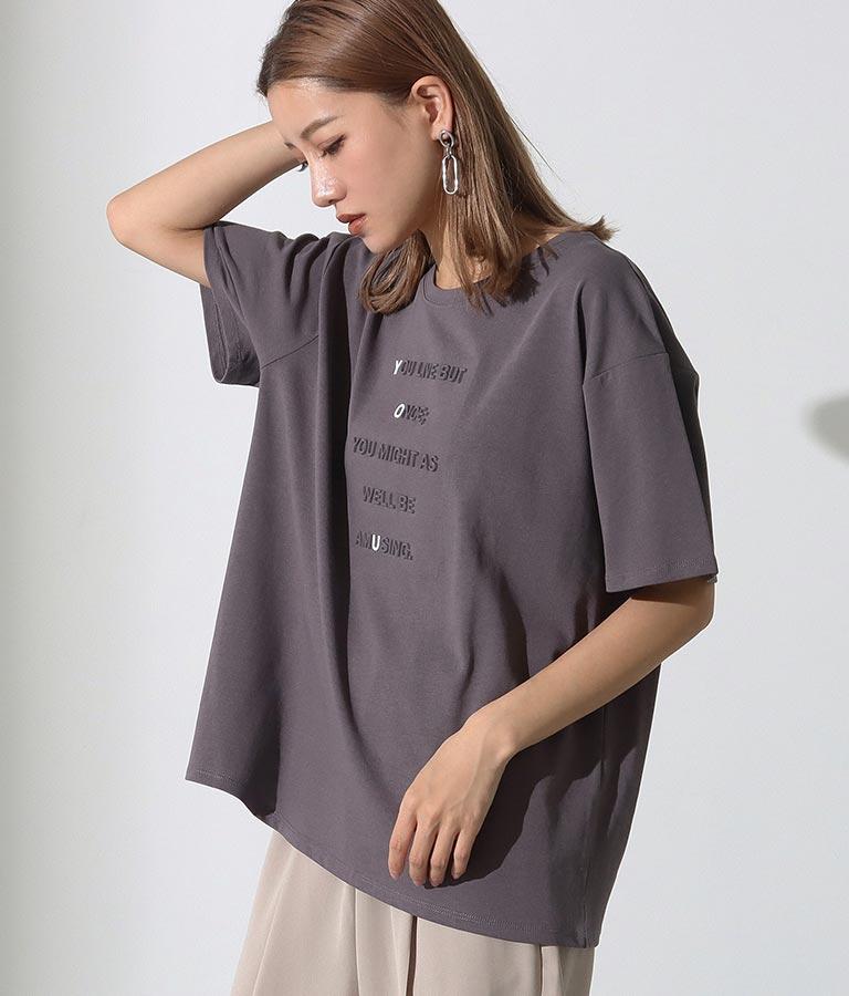 強撚コットンエンボスプリントTシャツ