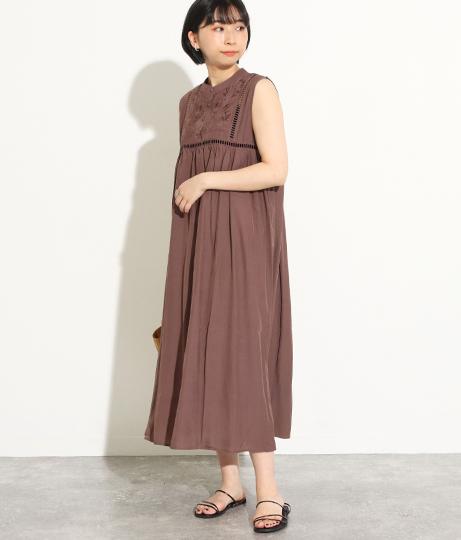 シルクサテン風刺繍ワンピース(ワンピース・ドレス/ロングワンピ) | Factor=
