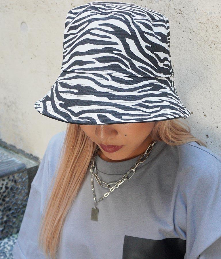 エコレザー×ゼブラリバーシブルバケットハット(ファッション雑貨/ハット・キャップ・ニット帽 ・キャスケット・ベレー帽) | ANAP