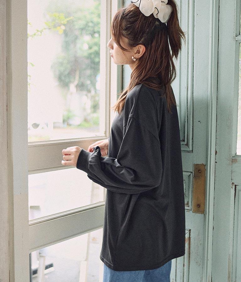 CHILLE筆記体ローズロングTシャツ(トップス/ロングTシャツ) | CHILLE